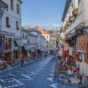 albanie-rue-jvovoyages