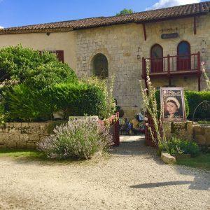 Plus beau village de france Larressingle gers